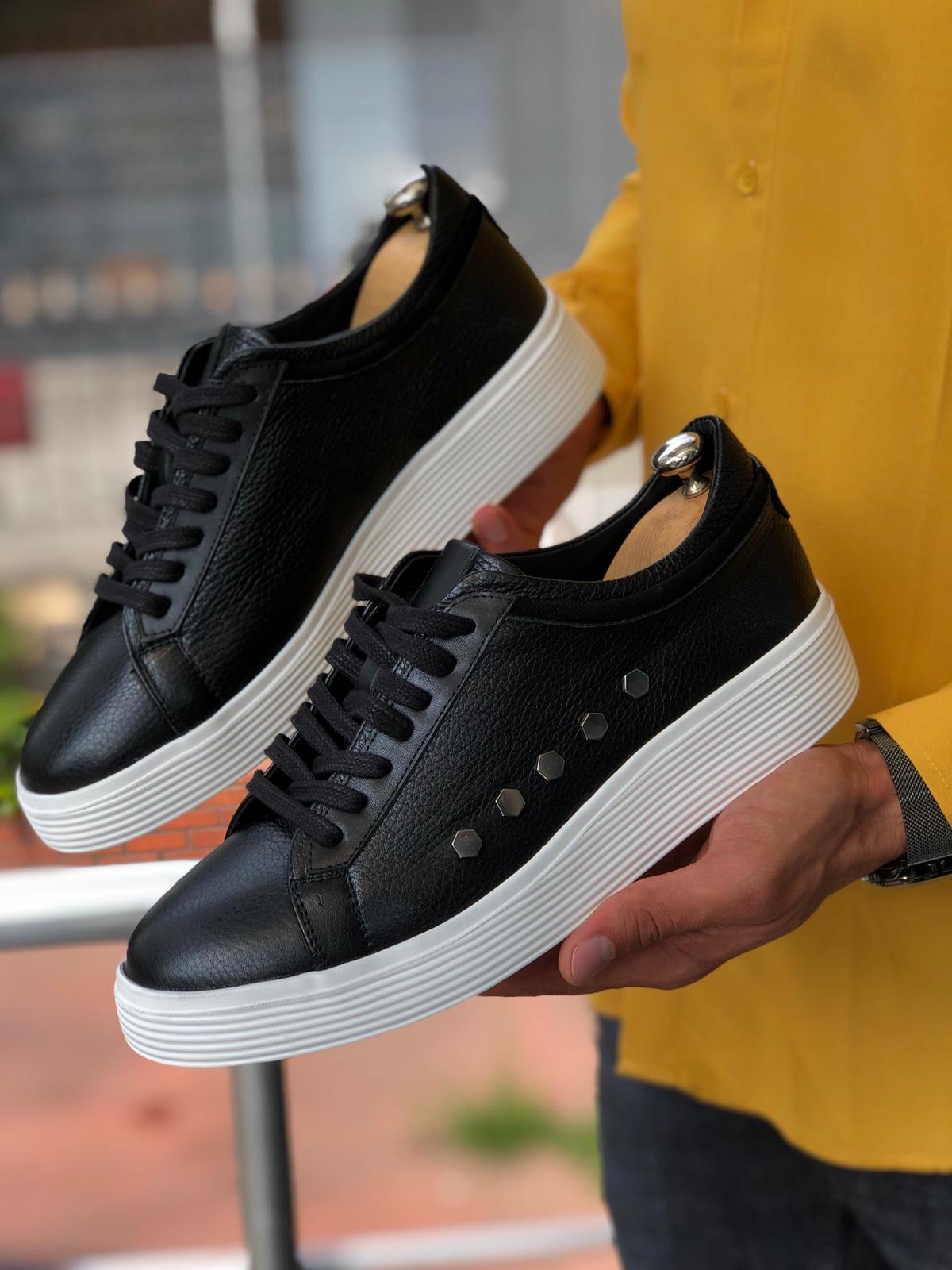 Low Top Skate Sneakers by Sardinelli
