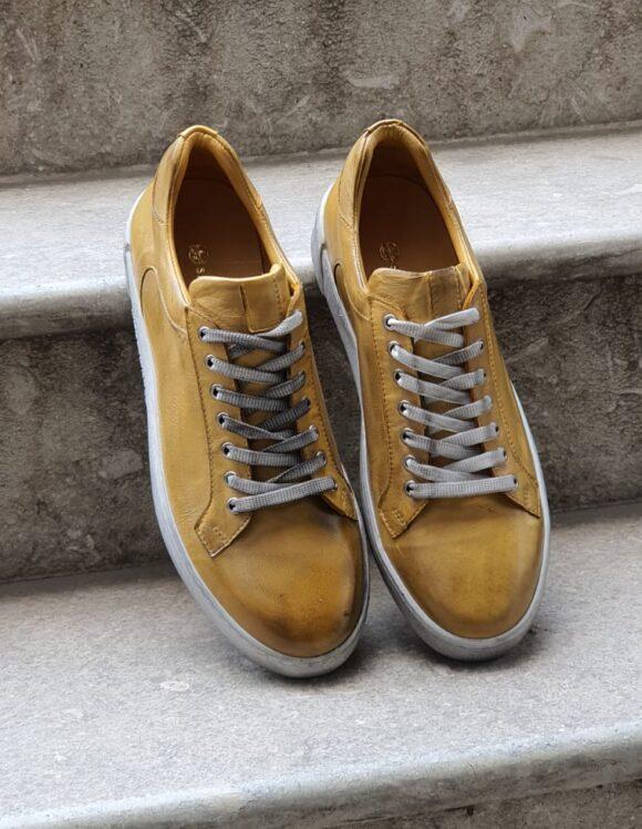 Buy Men Casual \u0026 Formal Sneakers Online